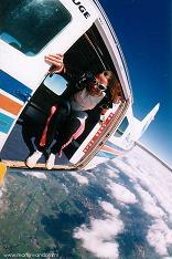 Watchtone - Crazy Parachutes